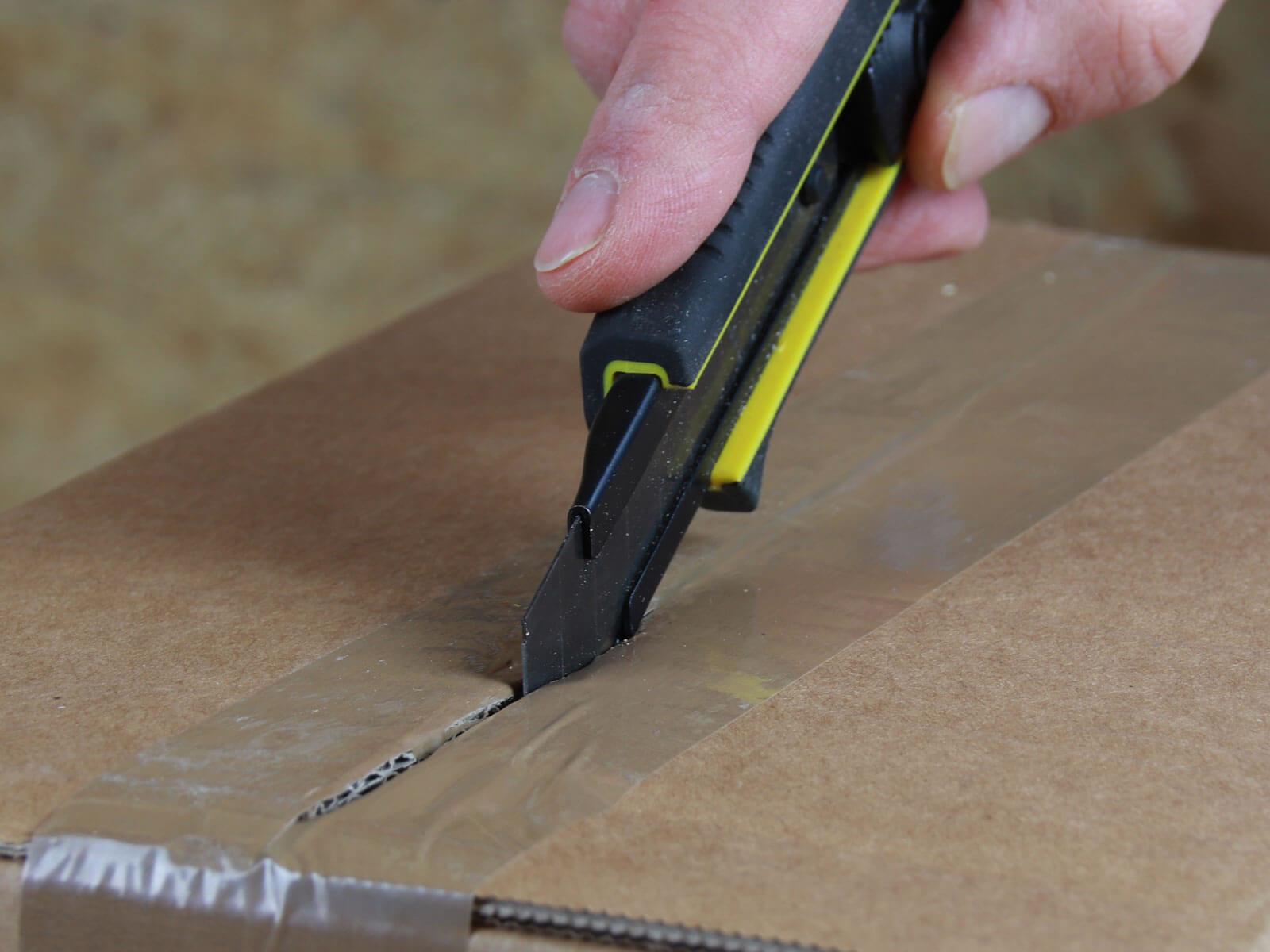 C061 Cuttermesser Klebeband schneiden CURT-tools