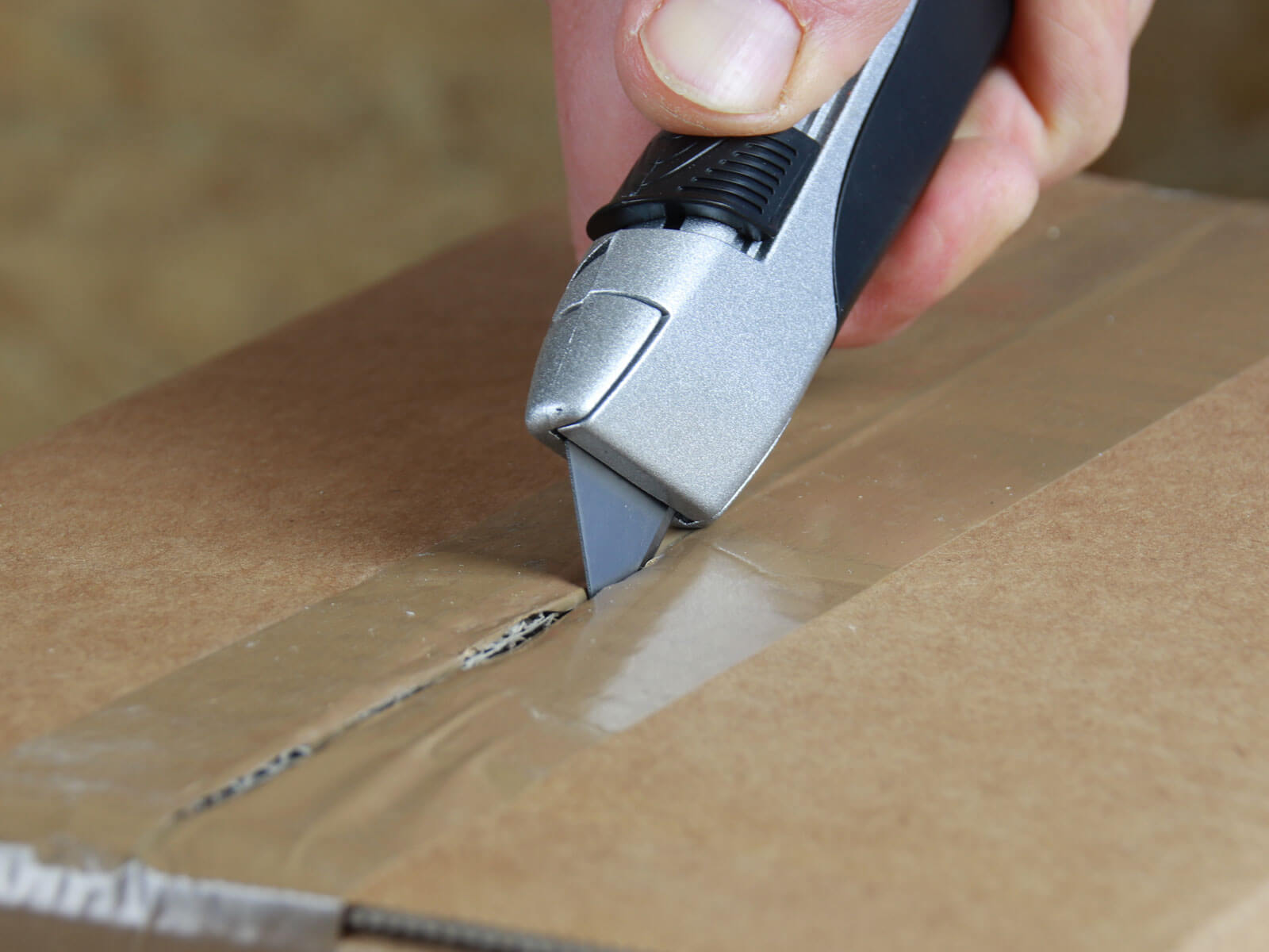 U004 Sicherheitsmesser vollautomatischer Klingenrückzug Klebeband schneiden CURT-tools