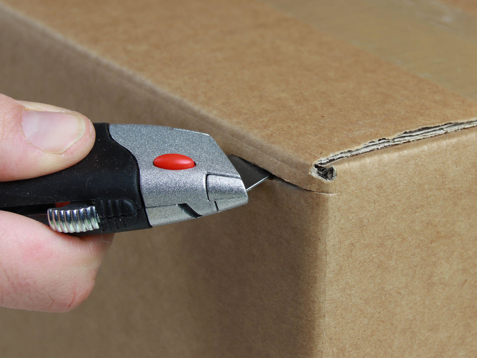 U012 Cuttermesser manueller Klingenrückzug Karton schneiden abdeckeln CURT-tools