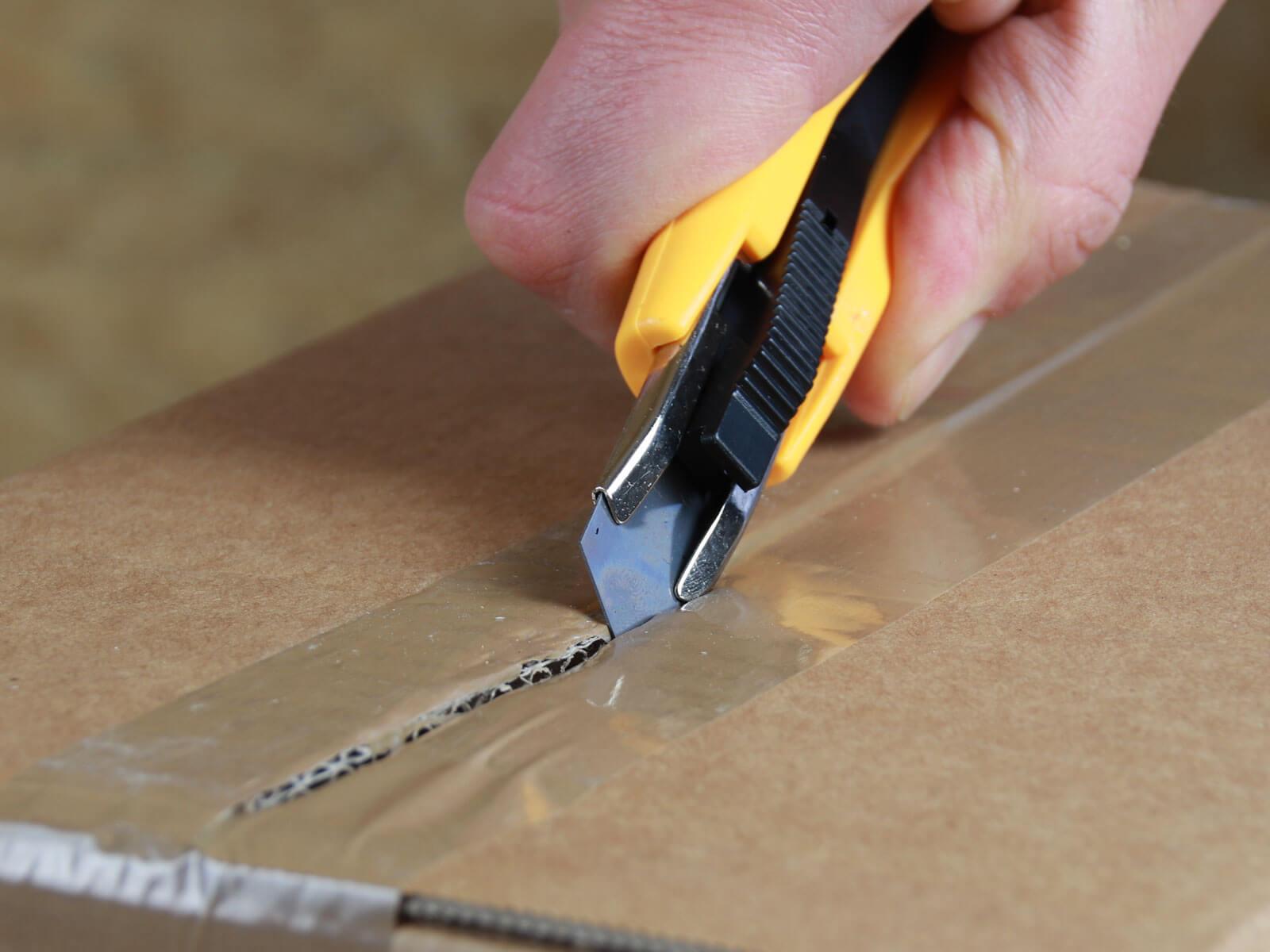 U013 Sicherheitsmesser automatischer Klingenrückzug Basic Klebeband schneiden CURT-tools