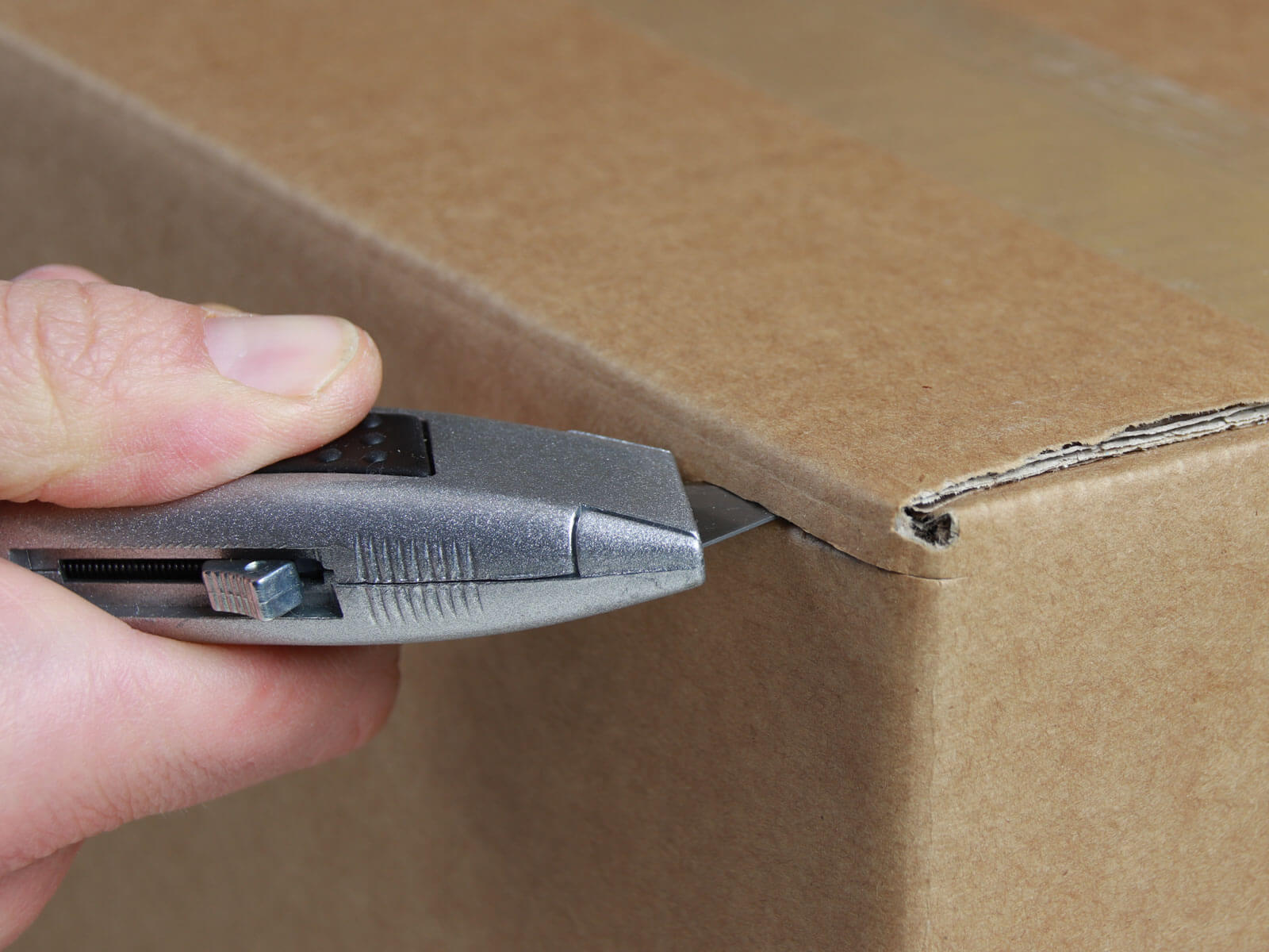 U014 Sicherheitsmesser automatischer Klingenrückzug Karton schneiden abdeckeln CURT-tools