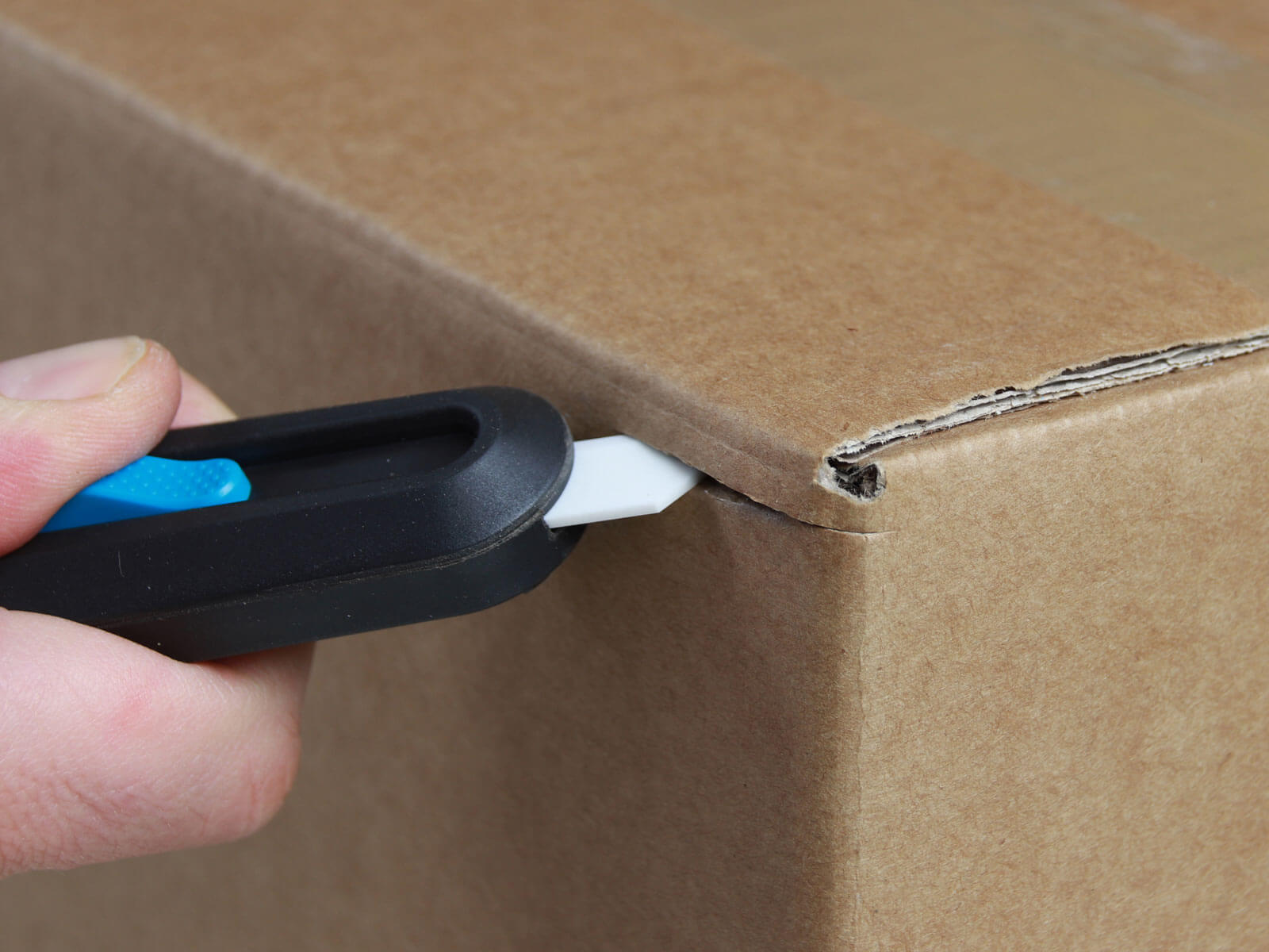 U10558K Keramik Sicherheitsmesser vollautomatischer Klingenrückzug Karton schneiden abdeckeln CURT-tools