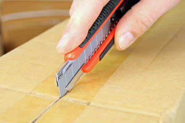 C062-Cuttermesser-18-mm-Basic-Klebeband-CURT-tools_1600