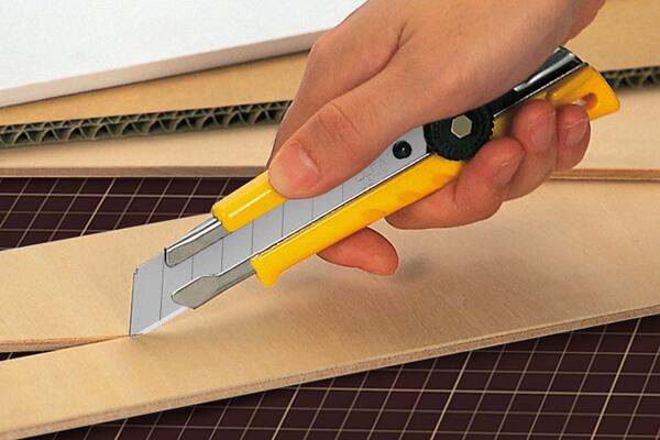 C065 Cuttermesser 18mm OLFA L-1 Spanplatte schneiden CURT-tools_