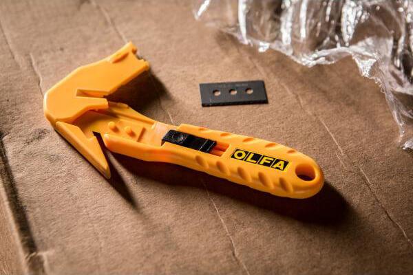 H041 Sicherheitmesser Folienschneider Schutzhaken OLFA SK10 auf Karton CURT-tools